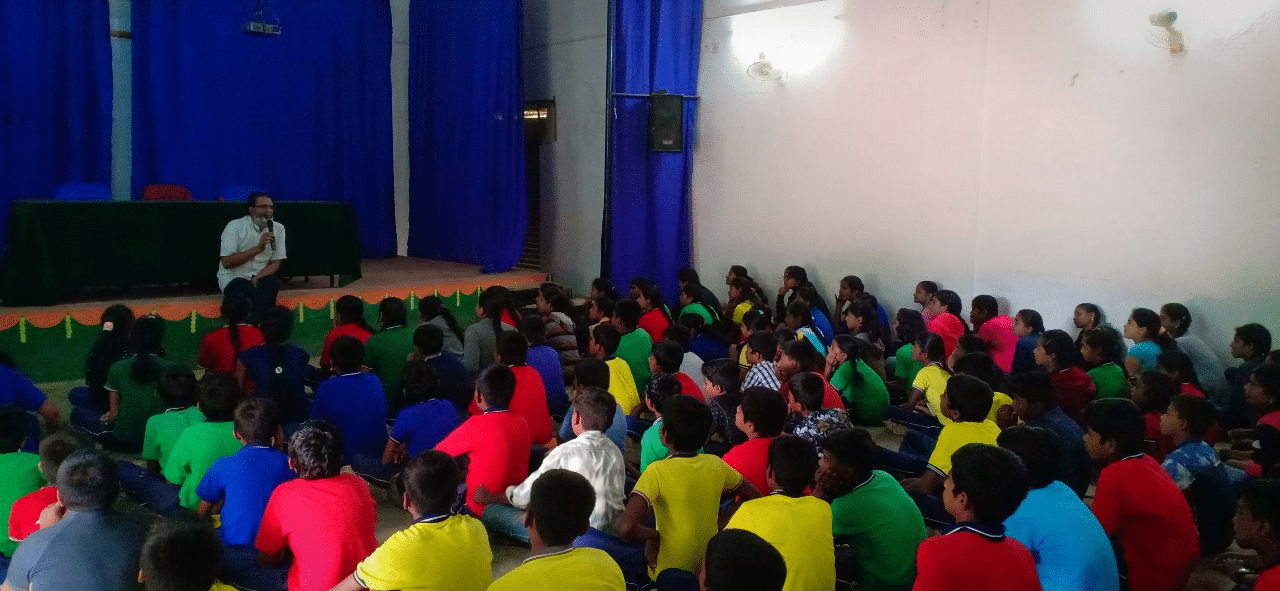 Mr Dwarkanath also enlightened the students on how to overcome all hurdles in life and achieve success.