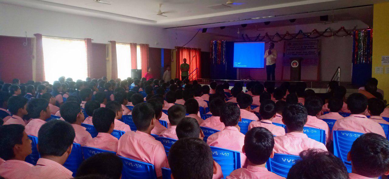 Interactive Q&A Workshop - Yogatma Srihari
