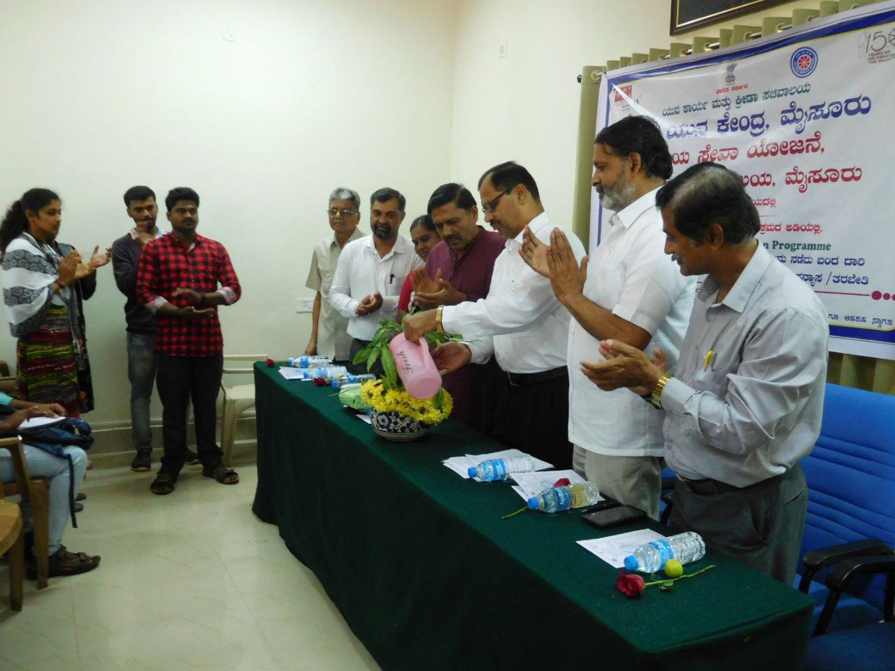 Yogatma Srihari inaugurated the lecture and training programme on the Indian Freedom Movement